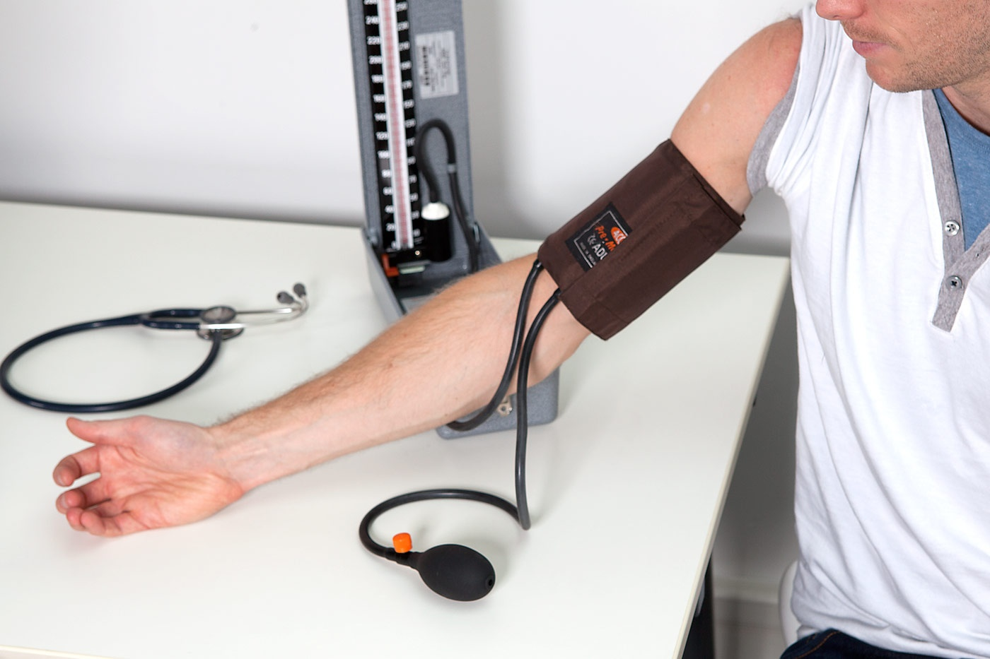 taking tramadol with blood pressure medicine